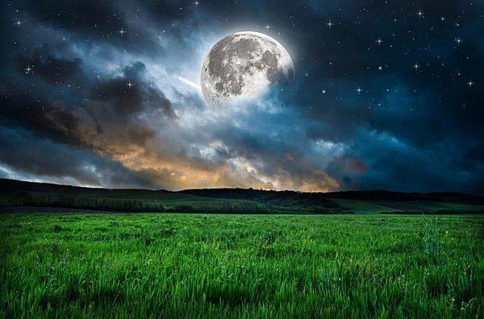 德令哈的月光